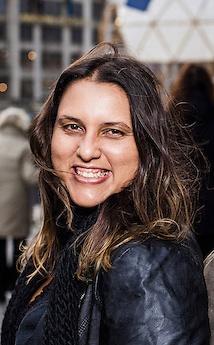 Paula Gomes